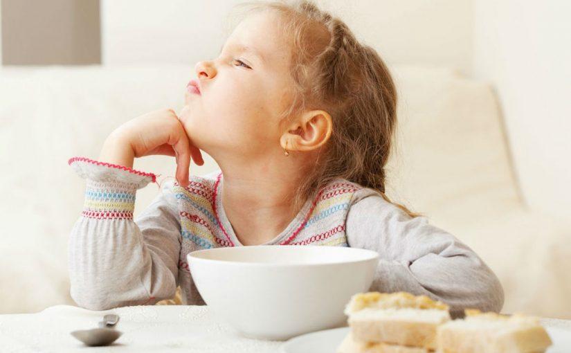 طفلتي عمرها عامين وترفض الأكل