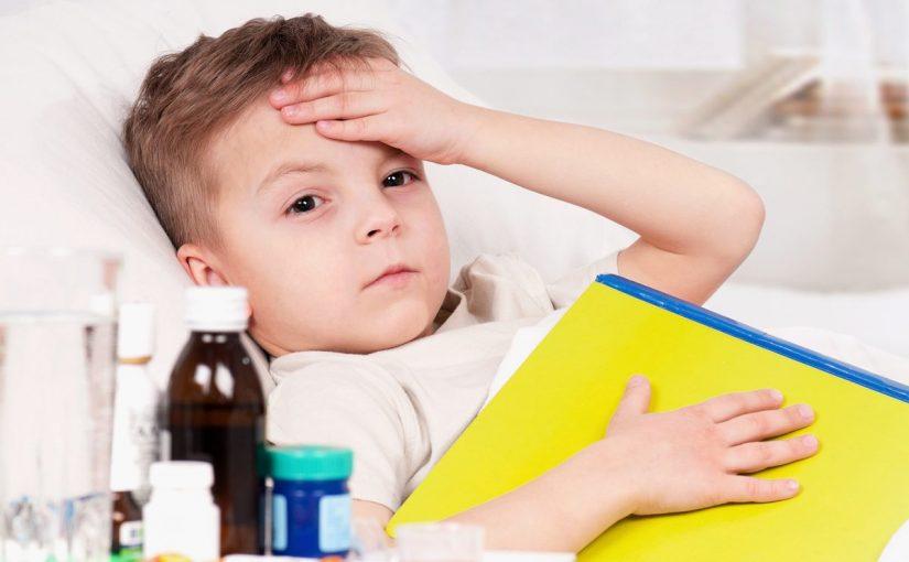 ماذا افعل اذا كان طفلي يتقيء كل شي ياكله او يشربه