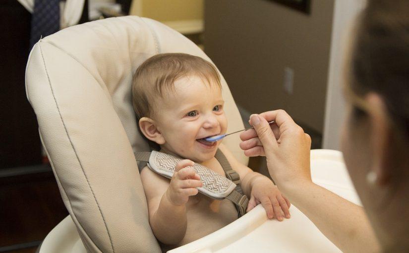 اكل الاطفال فى الشهر السادس