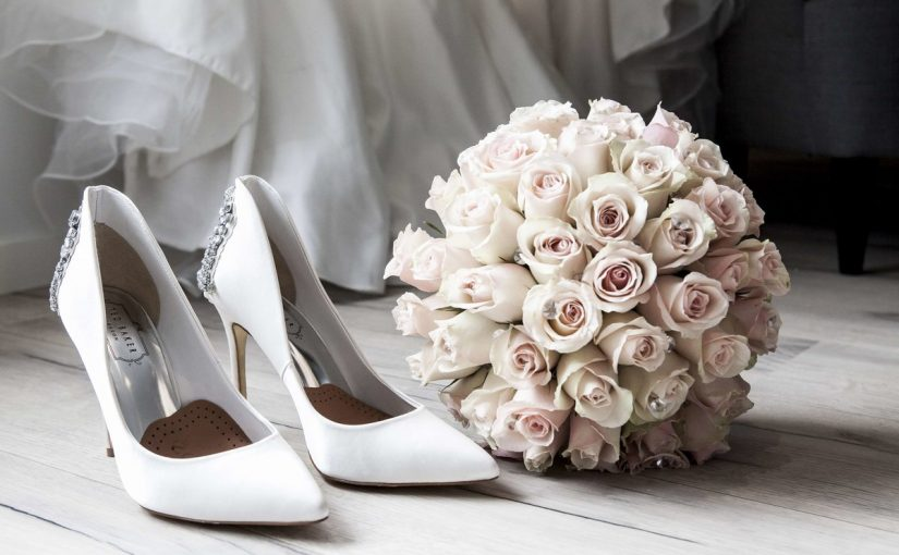 عبارات تهنئة للعروس من صديقتها موسوعة