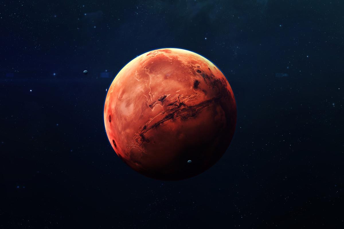 ما هو الكوكب الاحمر