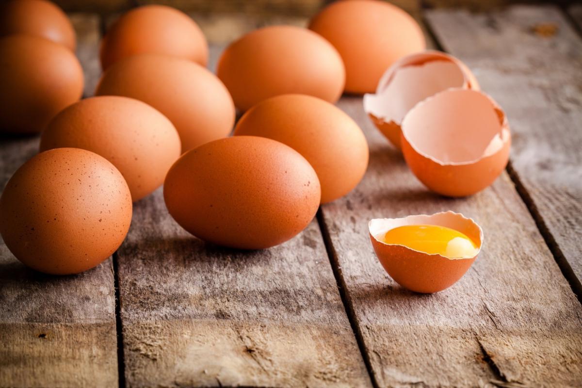 تفسير حلم البيض النيئ