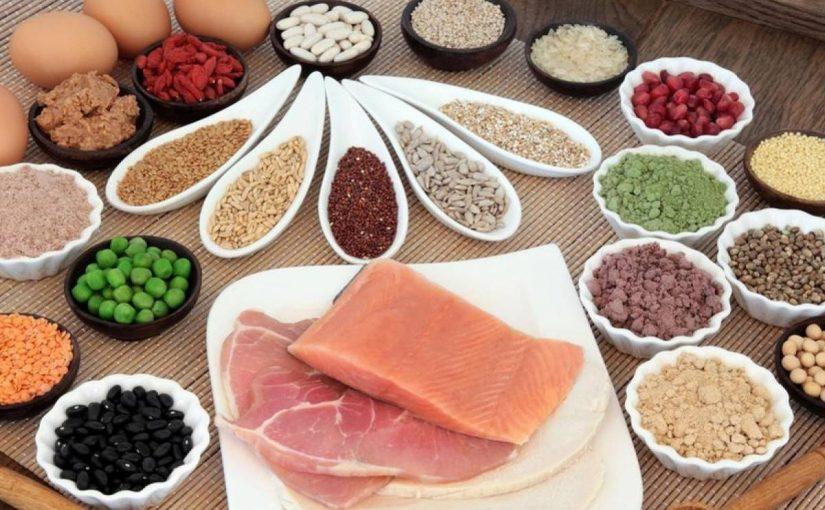 الاطعمة التي تحتوي على بروتين عالي