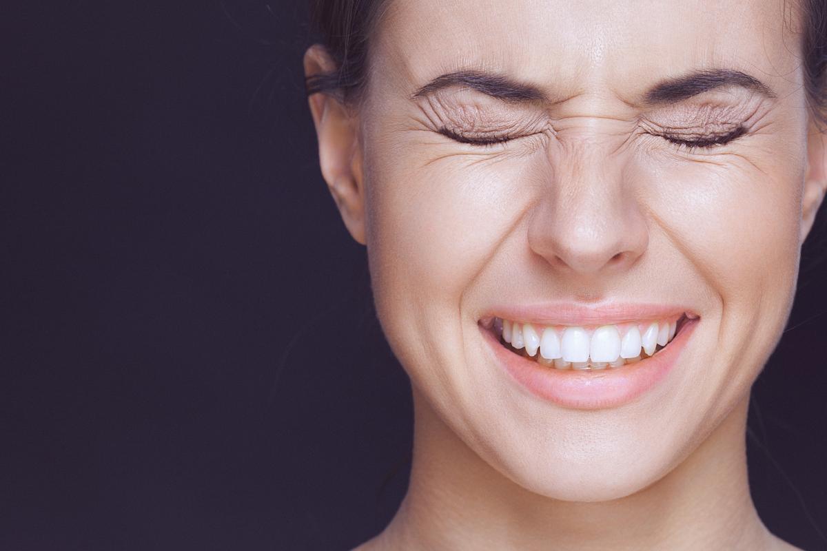 علاج تورم الوجه بسبب الاسنان موسوعة