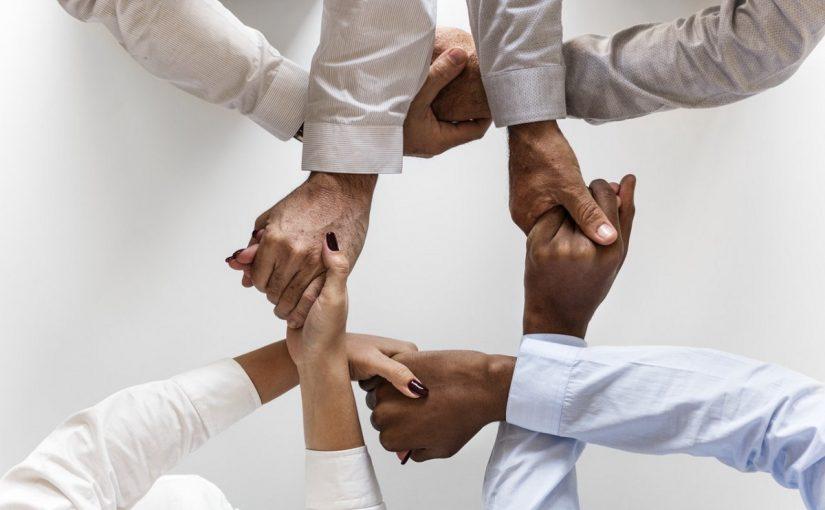 موضوع عن التعاون واهميته