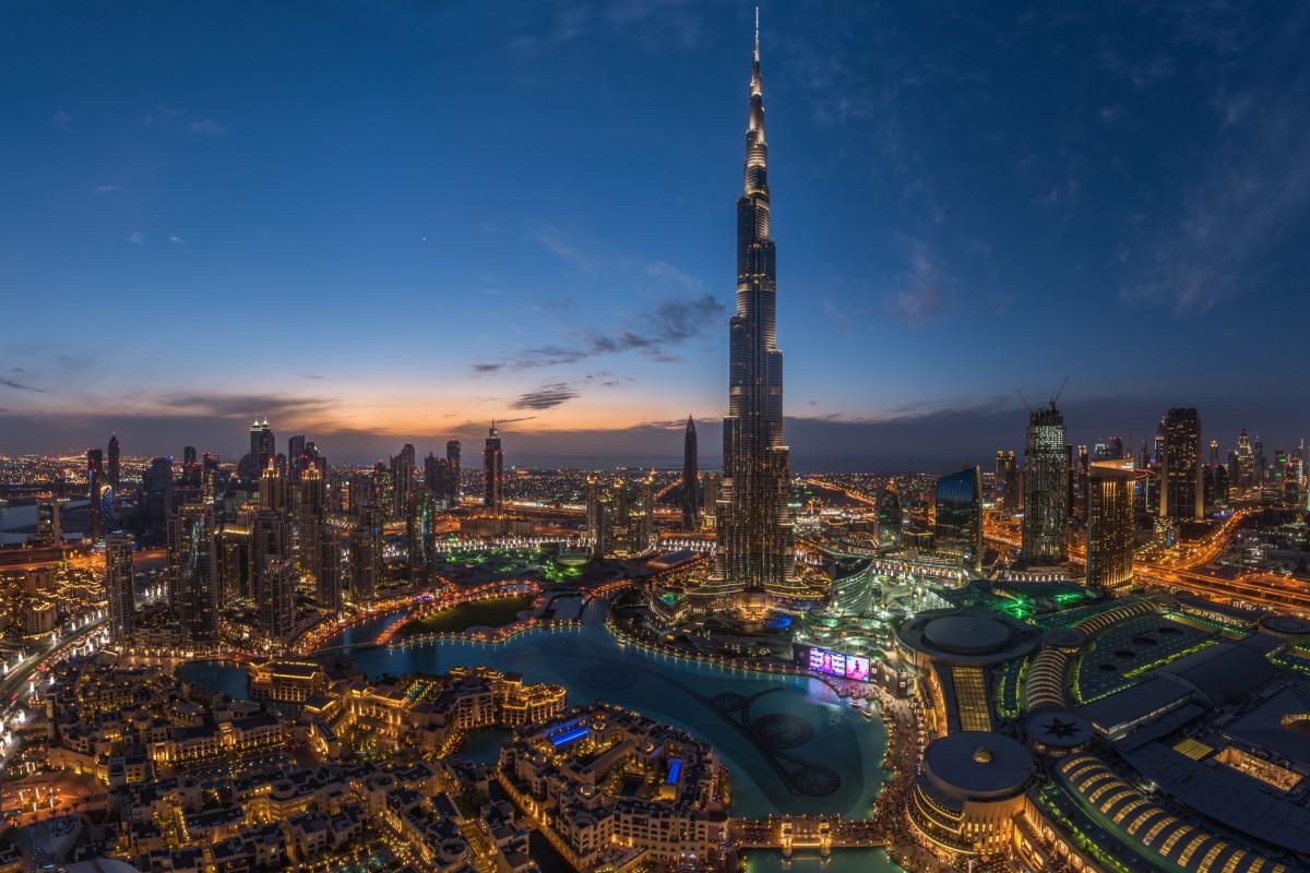 أنشطة في دبي
