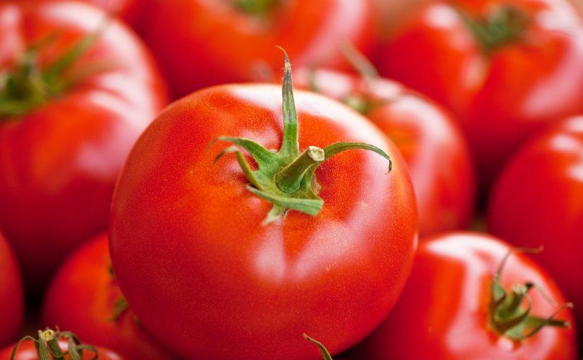 فوائد الطماطم للبشرة والشعر