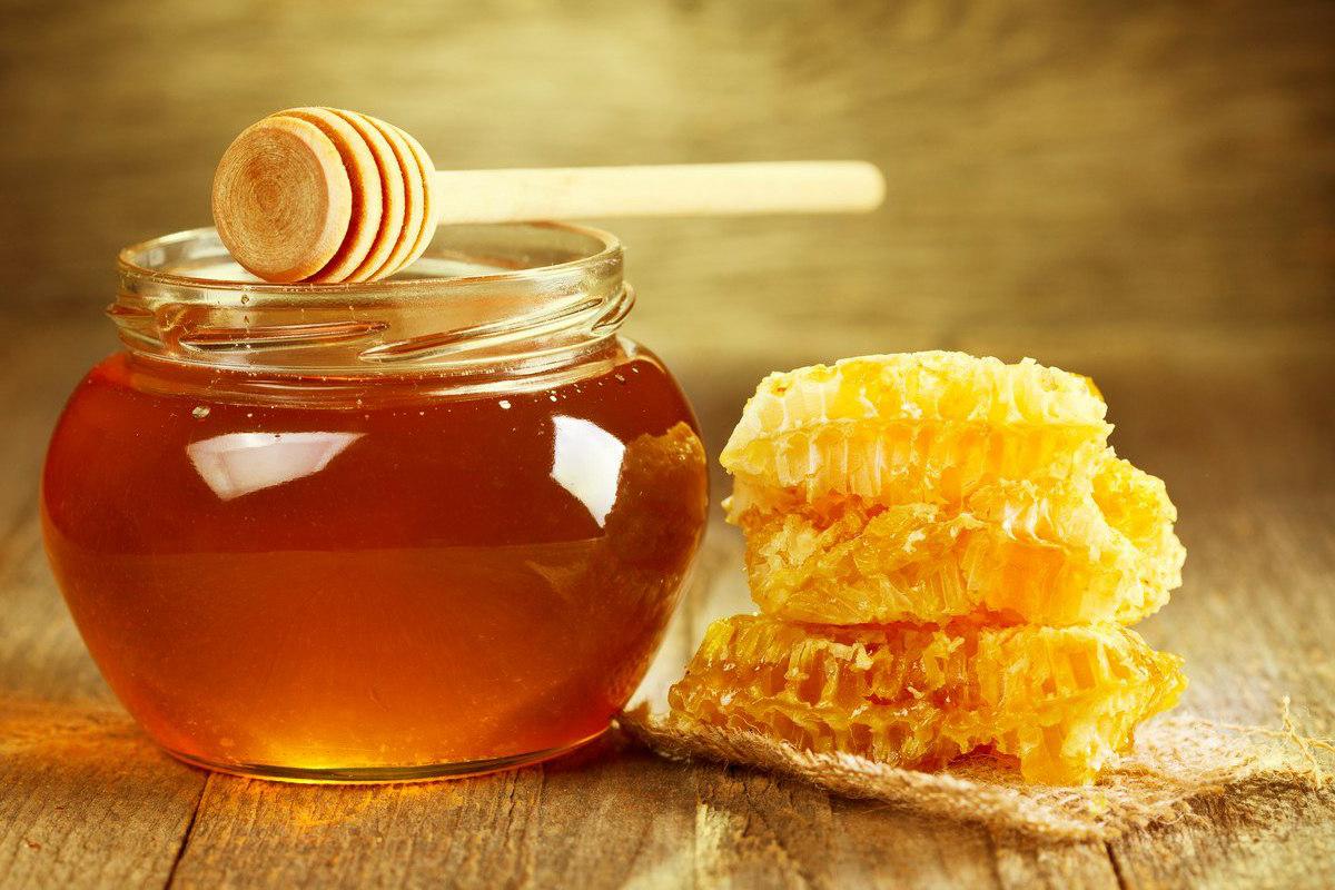 فوائد العسل على الريق للجسم