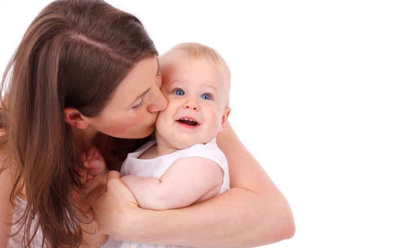 أكثر من أحاديث نبوية عن الأم
