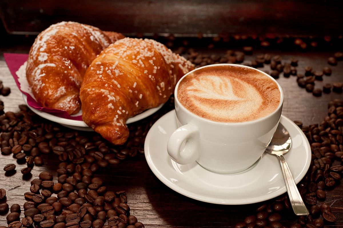 طريقه عمل قهوة باللبن