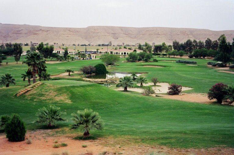 مركز ديراب للغولف والترفيه في الرياض