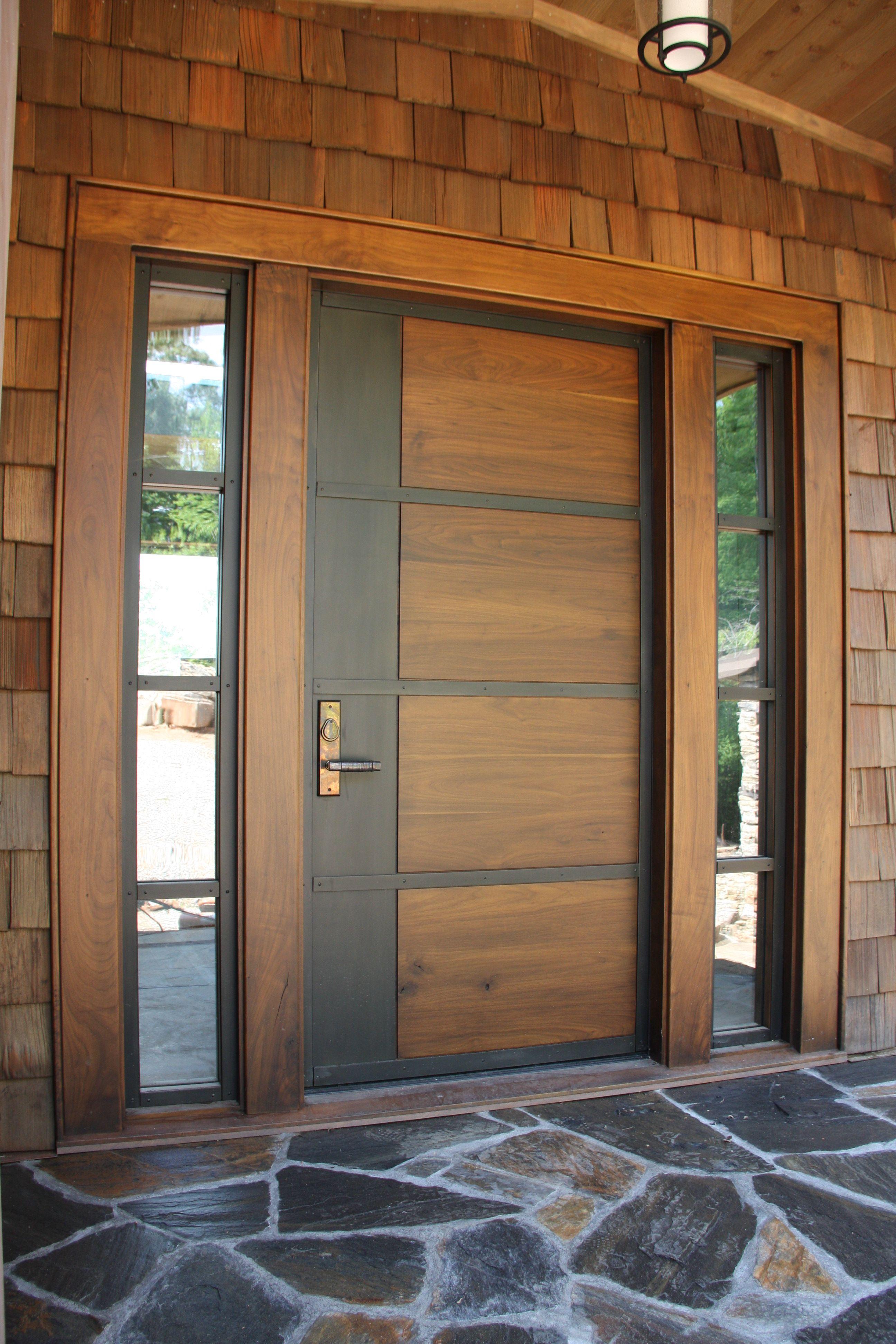 أبواب خشب