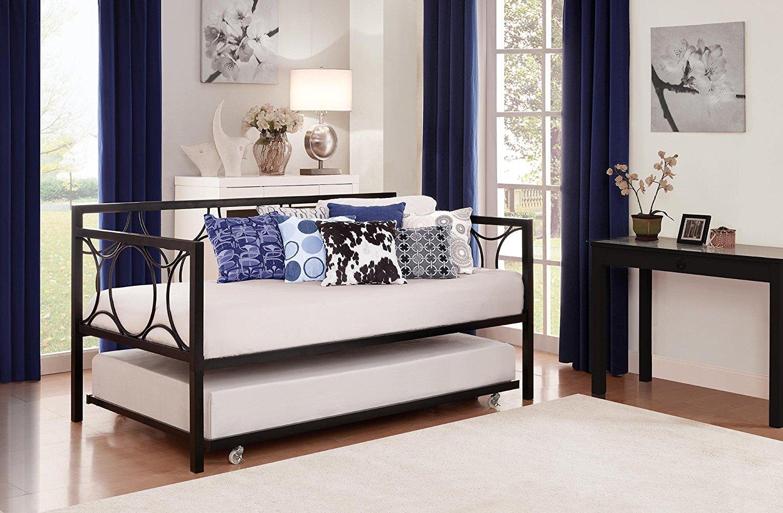 سرير قابل للتكديس