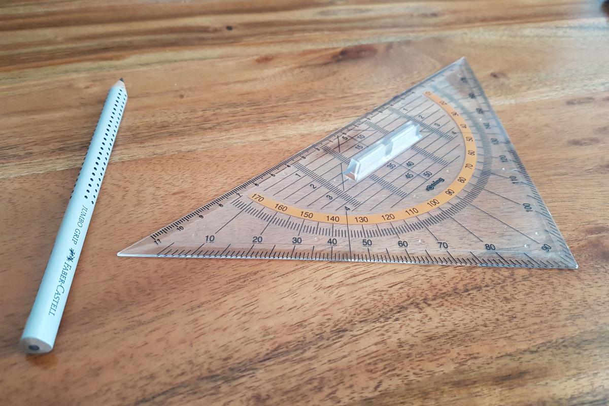 بحث عن الزوايا وقياساتها