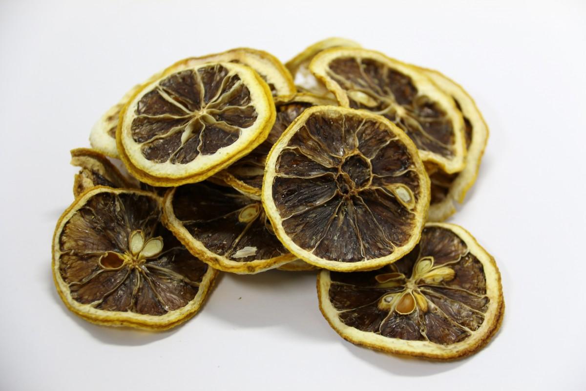 فوائد الليمون الاسود للقولون