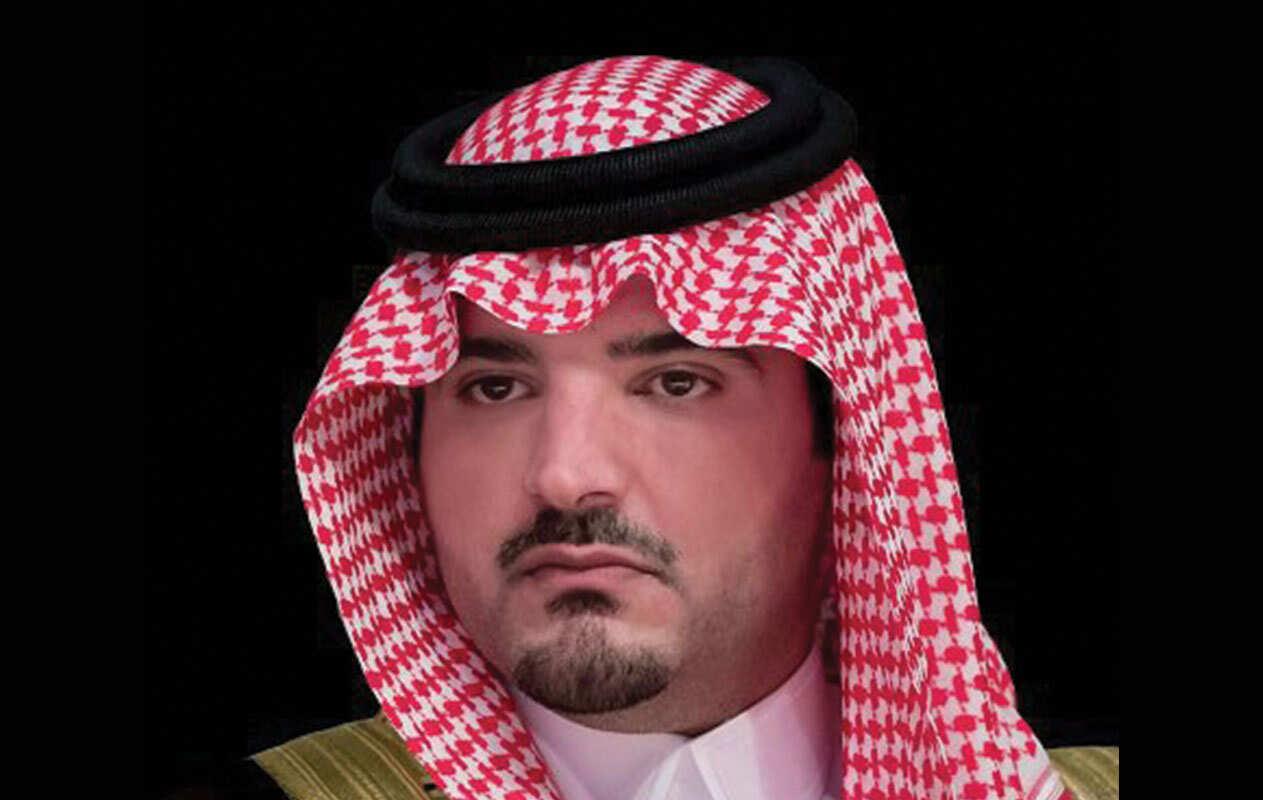 سيارة و 100 ألف ريال ووظيفة بالمكان الذي يختاره مكافئة من وزير الداخلية السعودي لرجل أمن