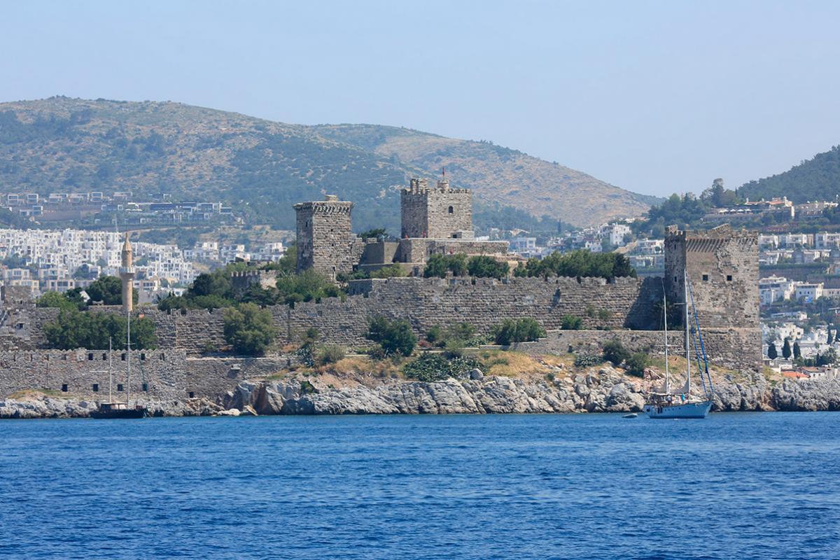 قلعة سانت بيير