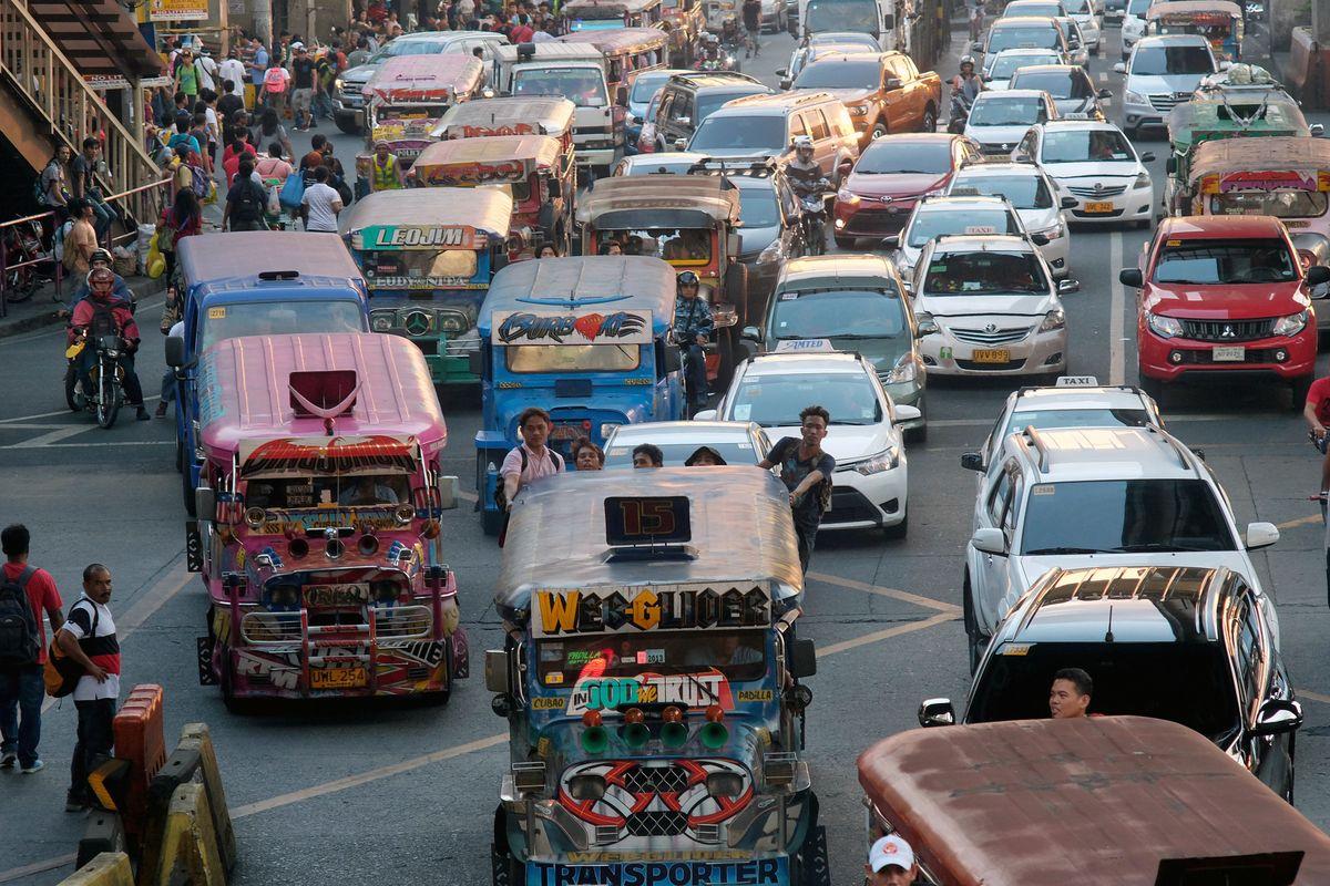 المواصلات في الفلبين