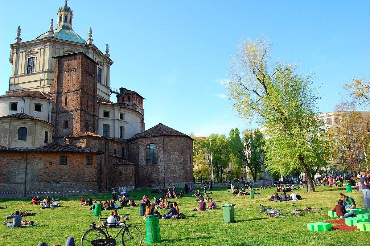 حديقة باسيليكاس في ميلان