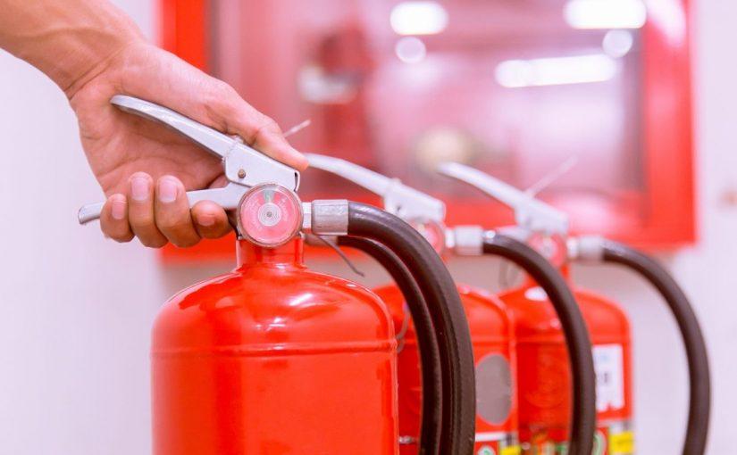 كيف استخدم طفاية الحريق