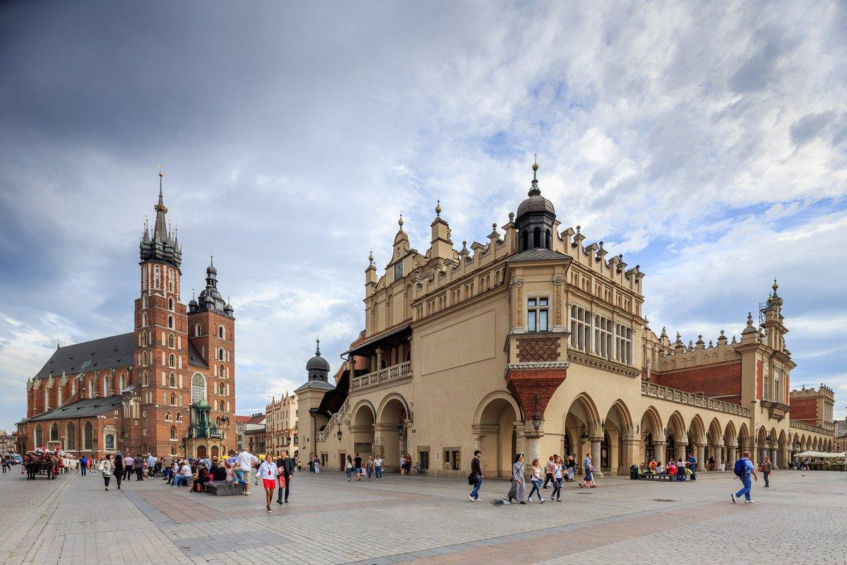 ساحة كراكوف الرئيسية