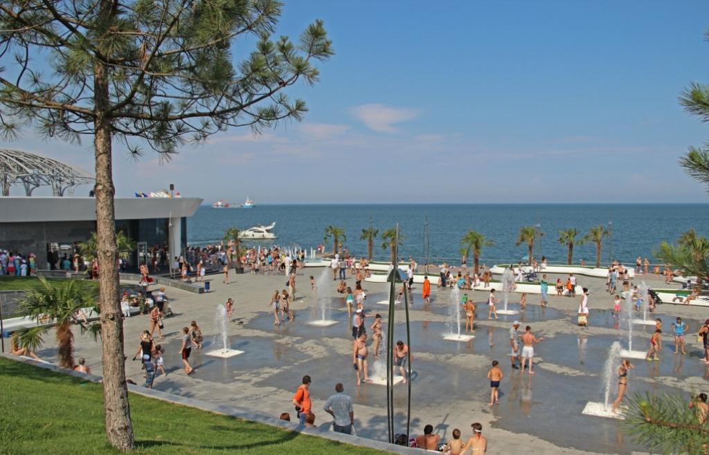 شاطئ لانزهيرون