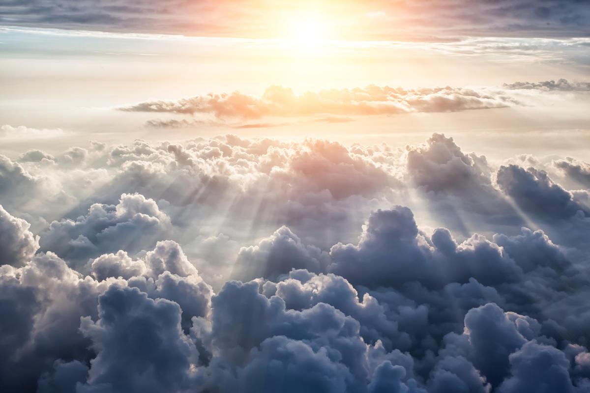 بحث عن الايمان بالملائكة وفضله