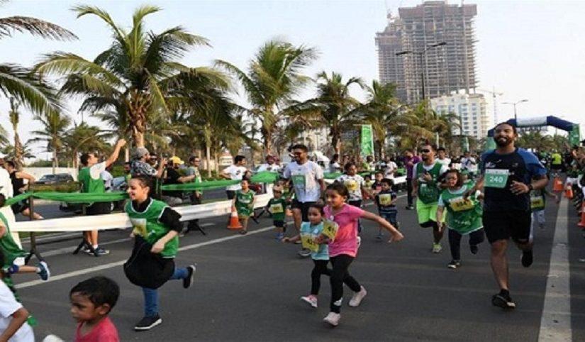 بالصور.. الجري بروح الأخضر في جدة ضمن فعاليات اليوم الوطني 89