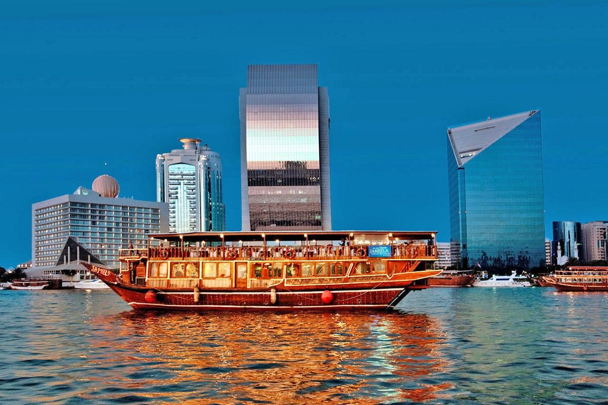 رحلات كروز دبي
