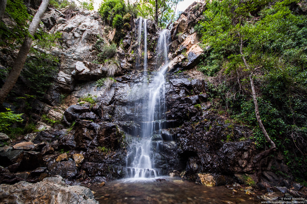 شلالات كاليدونيا   Caledonia Waterfalls