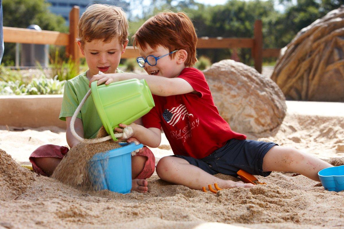 فوائد الرمل للاطفال وأفضل أفكار اللعب به موسوعة