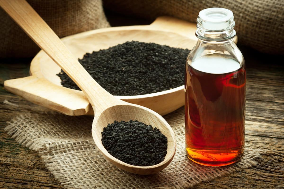فوائد حبة السوداء للصحة والجمال