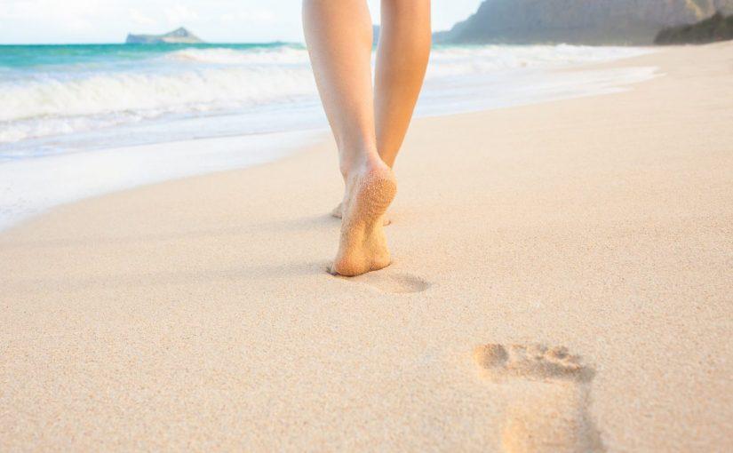 فوائد المشي حافي