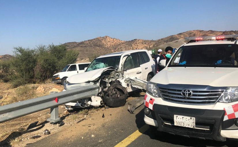 مصرع 3 إصابة 12 من بينهم طالبات بحادثين في الطائف
