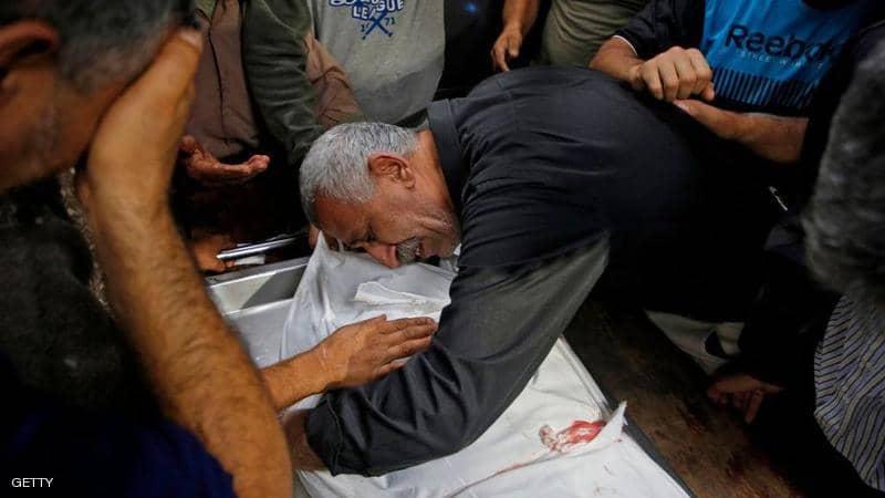 غارات إسرائيلية جديدة تقتل الفلسطينيين بغزة