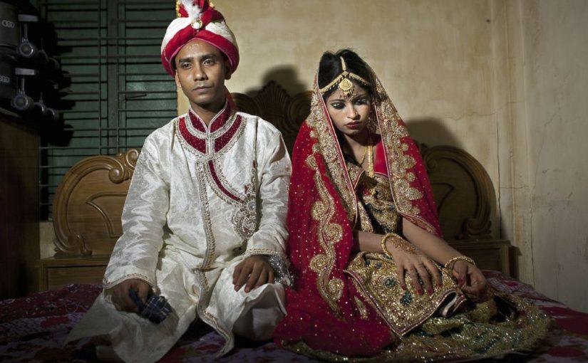 فوائد وعيوب الزواج المبكر للشباب والفتيات