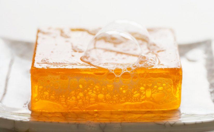 هل صابون الجلسرين مفيد للبشرة الدهنية