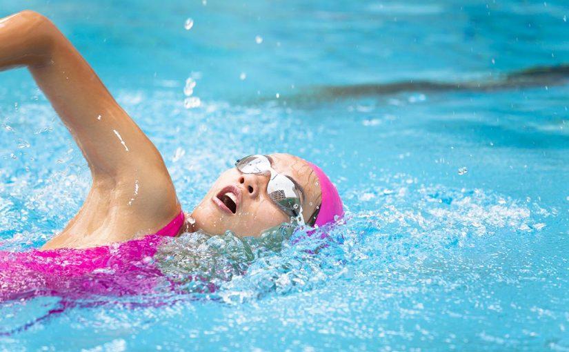 تفسير السباحة في المسبح في المنام