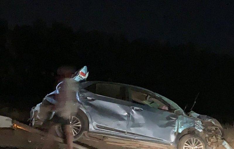 حمولة شاحنة الكسارات تتسبب بانقلاب مركبة بمركز الكدمي ومصرع سائقها