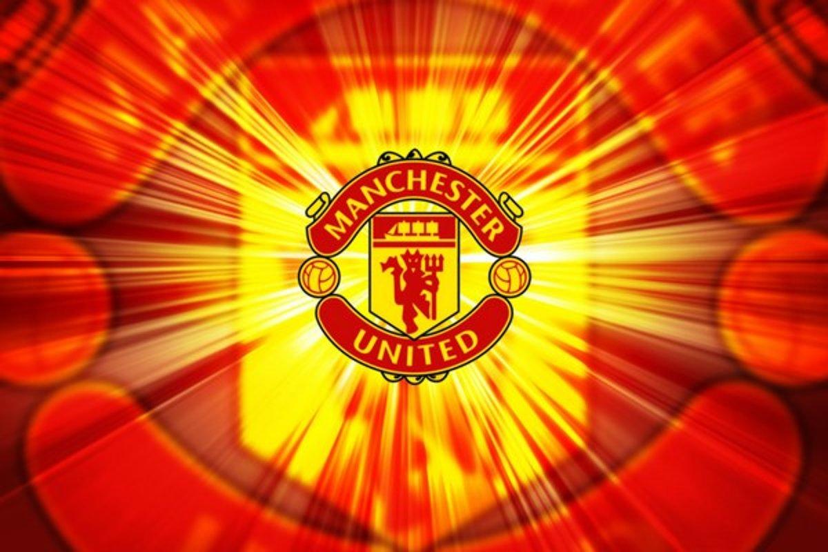 صور شعار مانشستر يونايتد جديدة - موسوعة