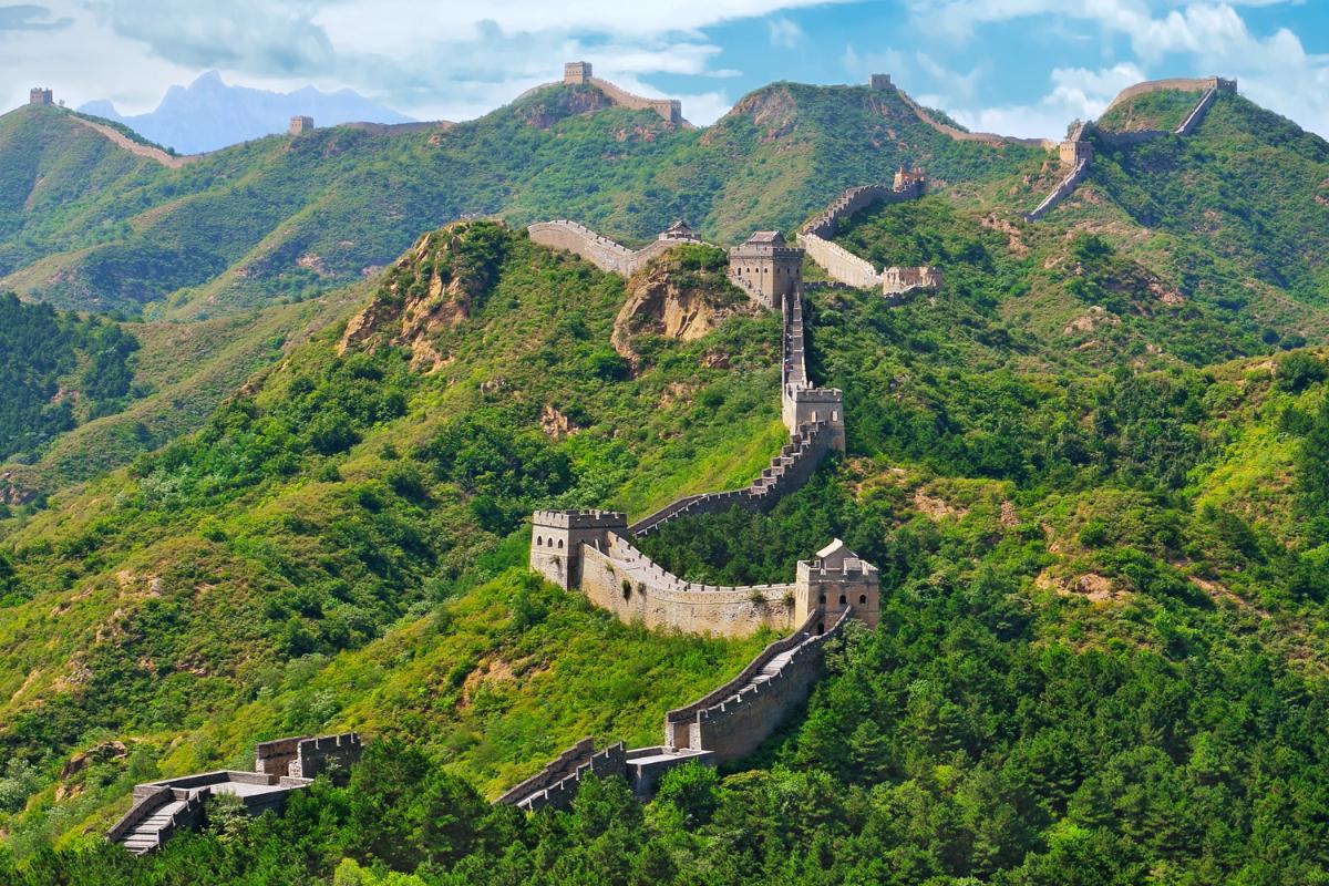ما هو طول سور الصين العظيم موسوعة
