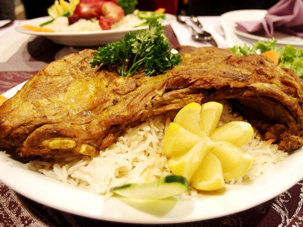 تفسير اكل الرز واللحم في المنام للعزباء موسوعة