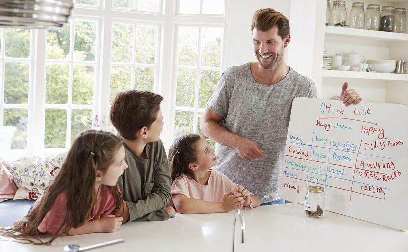 5 طرق لمساعدة الوالدين في السيطرة على المصروف