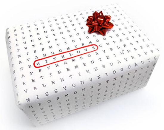 تغليف الهدايا بورق الحروف