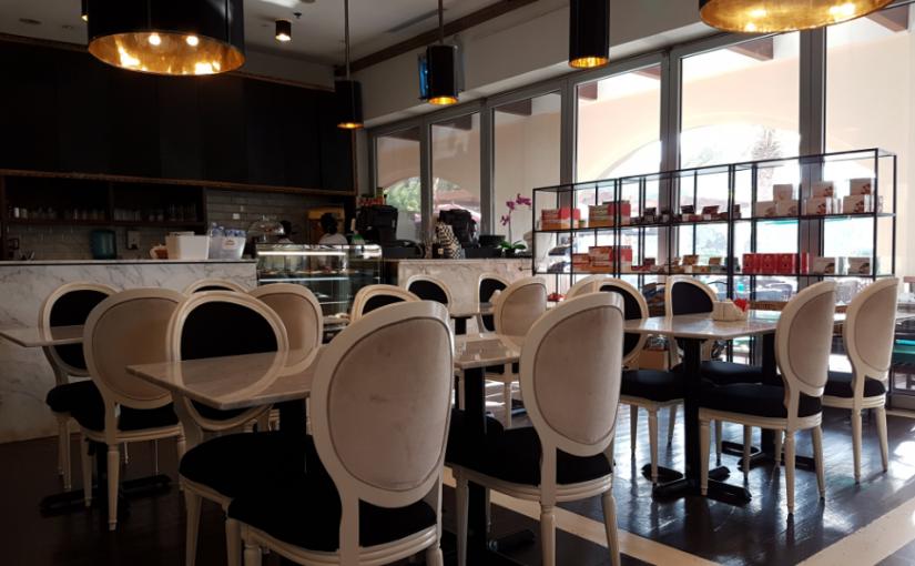 مطعم بيرتس للمأكولات الفرنسية الروضة