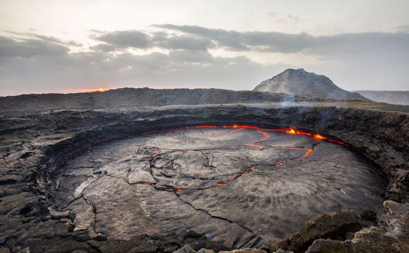 بحث عن علم الجيولوجيا وفروعه