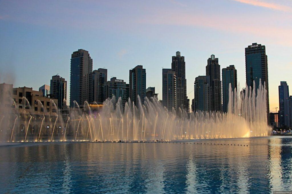 صور عروض نافورة دبي 2020