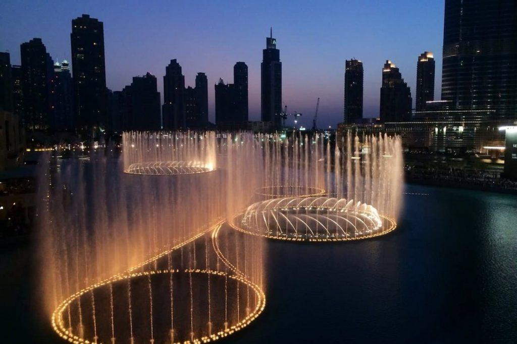صورة نافورة دبي لانستقرام