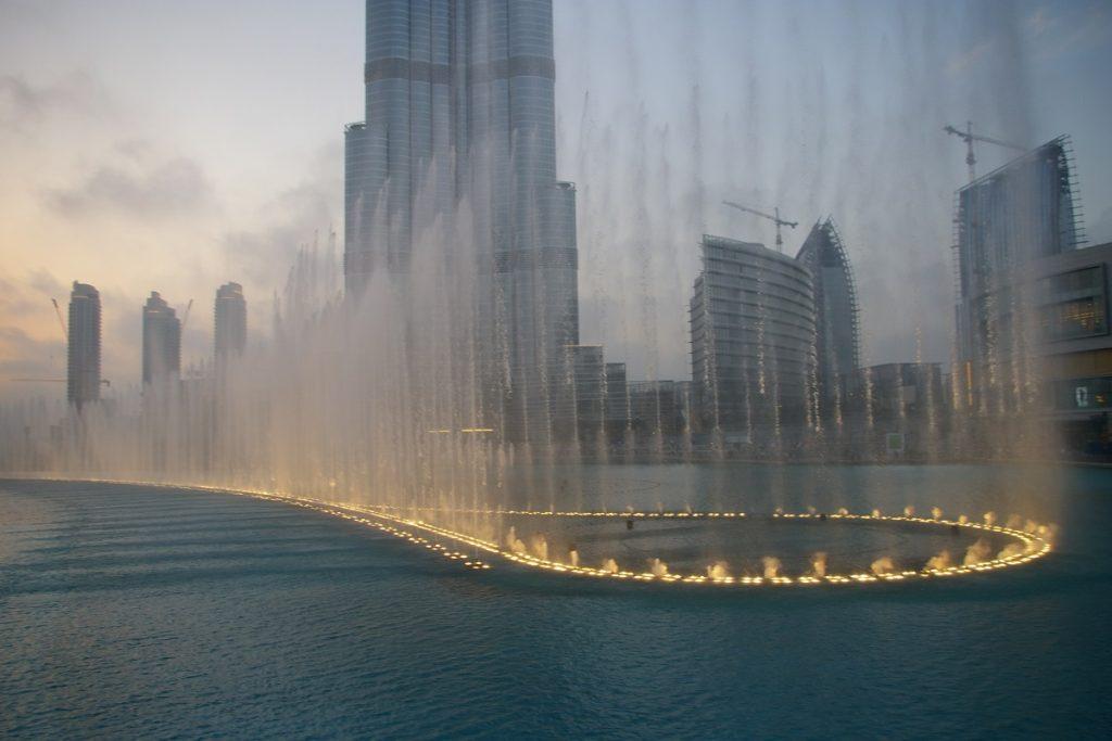 صور نافورة دبي المضيئة 2020