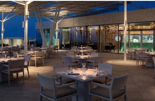 مطعم سكيب برج العرب